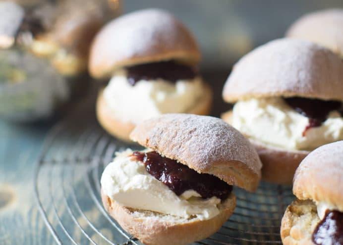 Devonshire Split buns