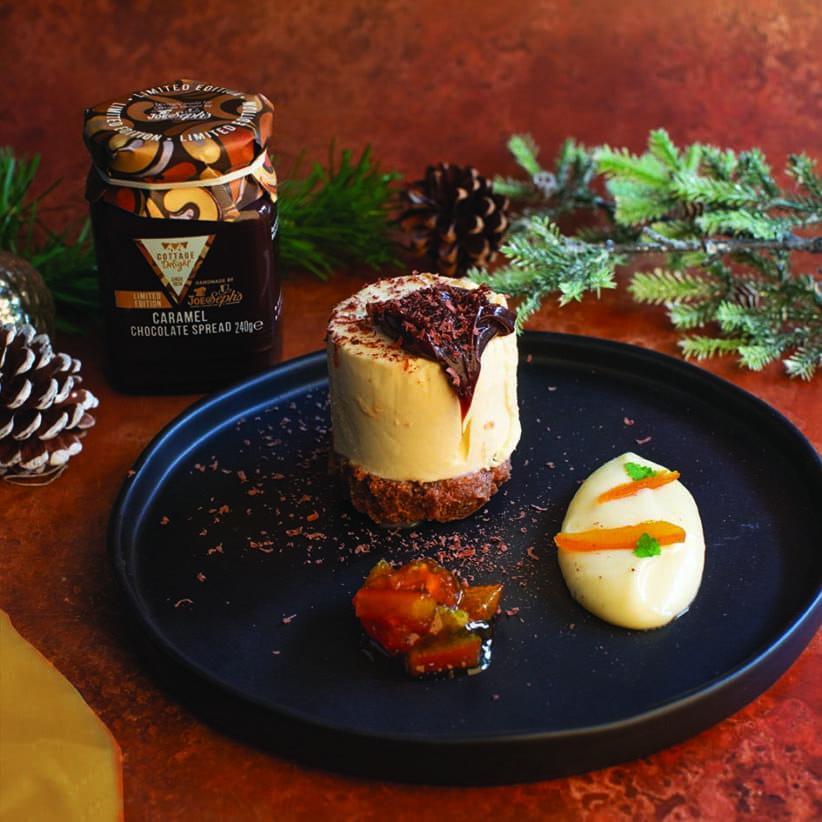 caramel chocolate spread cheesecake